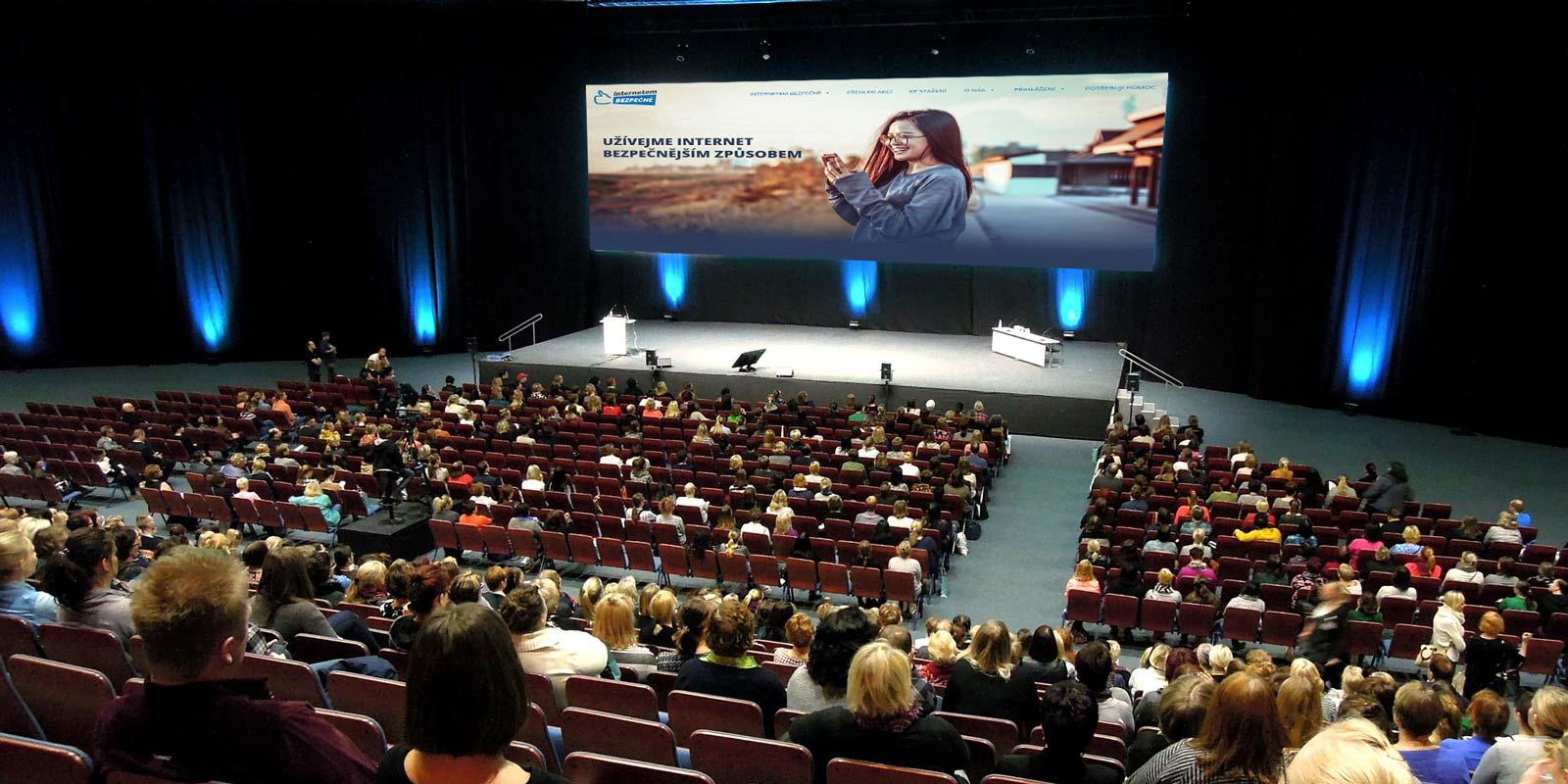 Konference Internetem Bezpečně 2018